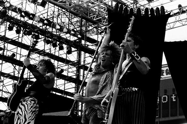 モダンロック「Bon Jovi Perform At Super Rock '84 In Japan」:写真・画像(13)[壁紙.com]