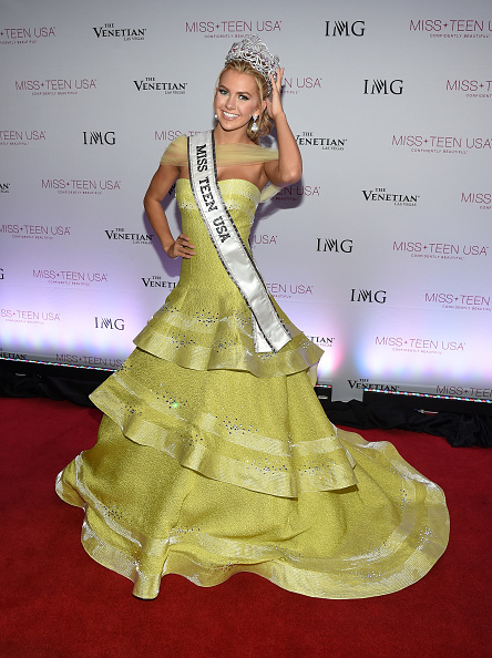 Yellow Dress「2016 Miss Teen USA Competition - Show」:写真・画像(2)[壁紙.com]