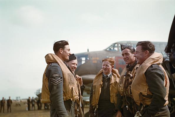 Color Image「Boston Bomber Crew」:写真・画像(9)[壁紙.com]