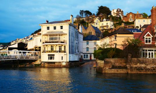 Dartmouth - England「Kingswear」:スマホ壁紙(13)