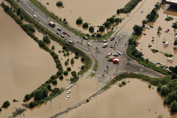 Torrential Rain「Torrential Rain Threatens Further Flooding」:写真・画像(5)[壁紙.com]