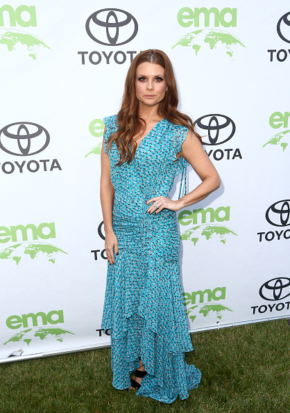 Turquoise Colored「Environmental Media Association 1st Annual Honors Benefit Gala」:写真・画像(14)[壁紙.com]