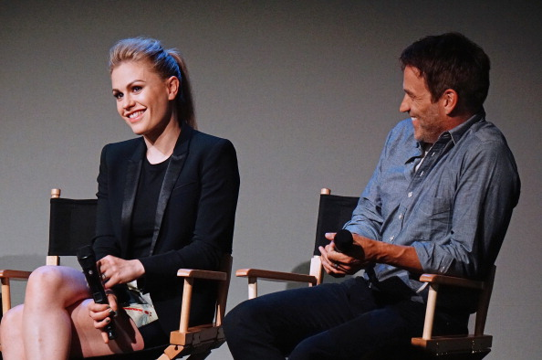 Anna Paquin「Apple Store Soho Presents: Meet The Cast: Stephen Moyer And Anna Paquin, 'True Blood'」:写真・画像(9)[壁紙.com]