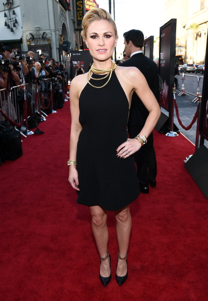 Anna Paquin「Premiere Of HBO's 'True Blood' Season 7 And Final Season - Red Carpet」:写真・画像(12)[壁紙.com]