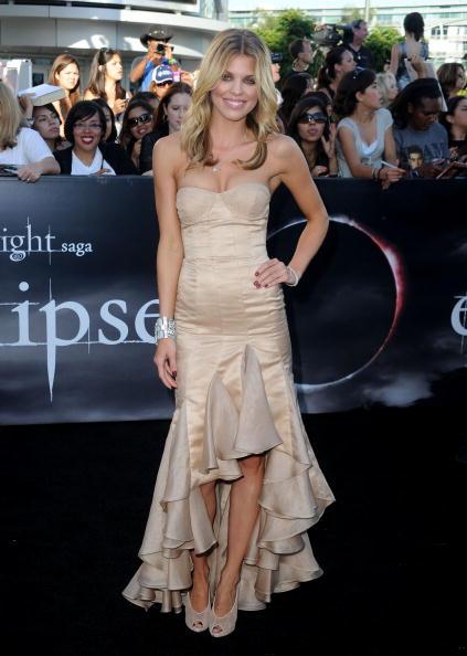 "AnnaLynne McCord「Premiere Of Summit Entertainment's ""The Twilight Saga: Eclipse"" - Arrivals」:写真・画像(11)[壁紙.com]"