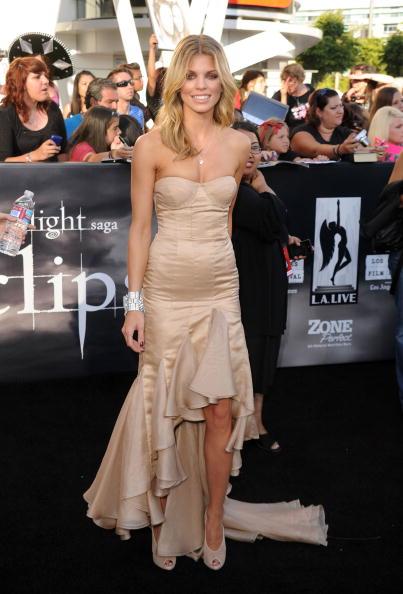 "AnnaLynne McCord「Premiere Of Summit Entertainment's ""The Twilight Saga: Eclipse"" - Arrivals」:写真・画像(10)[壁紙.com]"