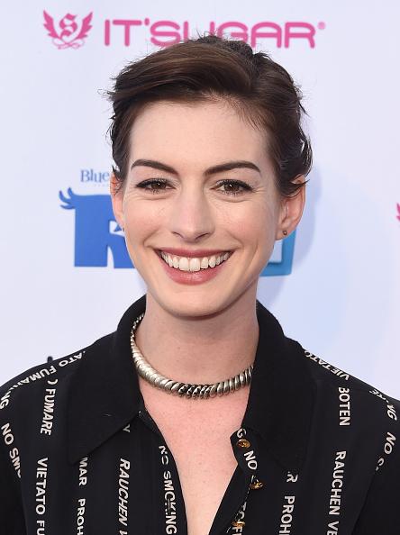"Lollipop「Lollipop Theater Network's Night Under The Stars Screening Of Twentieth Century Fox's ""Rio 2"" Hosted by Anne Hathaway - Arrivals」:写真・画像(12)[壁紙.com]"