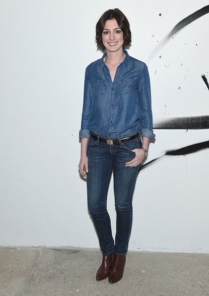 Double Denim「AOL Build Speaker Series: Anne Hathaway」:写真・画像(13)[壁紙.com]