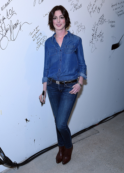 Double Denim「AOL Build Speaker Series: Anne Hathaway」:写真・画像(15)[壁紙.com]