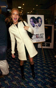 Annabelle Dexter Jones「Wholey Moses New York Premiere」:写真・画像(6)[壁紙.com]