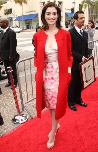 Coat - Garment「Valentino Inducted Into The Rodeo Drive Walk Of Style」:写真・画像(11)[壁紙.com]
