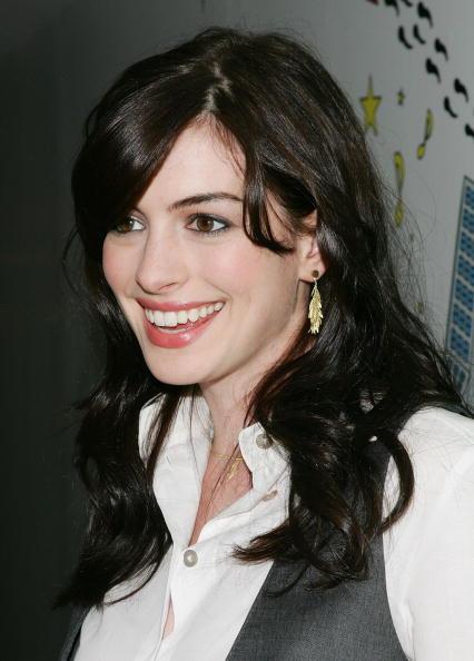 Pink Lipstick「MTV TRL With Anne Hathaway」:写真・画像(15)[壁紙.com]