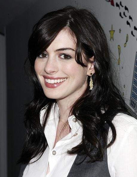 Pink Lipstick「MTV TRL With Anne Hathaway」:写真・画像(14)[壁紙.com]