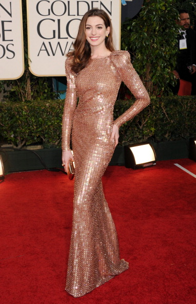 Actress Anne Hathaway「68th Annual Golden Globe Awards - Arrivals」:写真・画像(12)[壁紙.com]