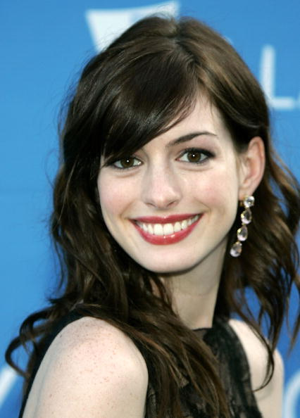 Actress Anne Hathaway「Stephen Sondheim's 75th Birthday Concert And ASCAP Foundation Benefit」:写真・画像(7)[壁紙.com]
