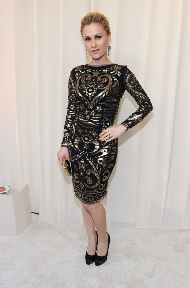 Gold Purse「20th Annual Elton John AIDS Foundation Academy Awards Viewing Party - Red Carpet」:写真・画像(3)[壁紙.com]