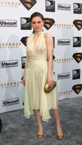 "Yellow「Warner Bros. Premiere Of ""Superman Returns"" - Arrivals」:写真・画像(18)[壁紙.com]"