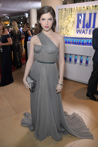Anna Kendrick「FIJI Water At The 74th Annual Golden Globe Awards」:写真・画像(8)[壁紙.com]