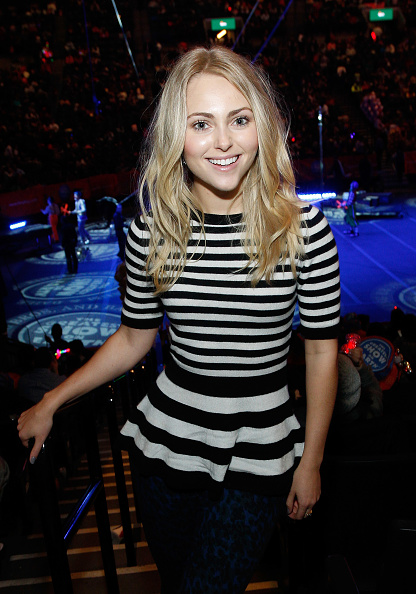 AnnaSophia Robb「Ringling Bros. and Barnum & Bailey Presents 'Legends' - Inside Access, VIP Show And Party」:写真・画像(14)[壁紙.com]