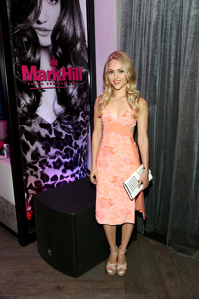 AnnaSophia Robb「AnnaSophia Robb Attends Mark Hill Salon Professional One Year Anniversary Celebration」:写真・画像(9)[壁紙.com]