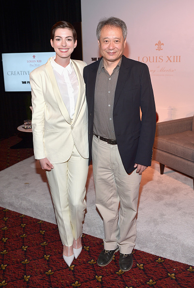 Gray Color「LOUIS XIII And The Film Foundation Co-Host Creative Encounter: A Conversation With Ang Lee And Special Guest Anne Hathaway」:写真・画像(5)[壁紙.com]