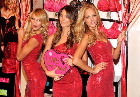 エリン・ヘザートン「Victoria's Secret Bombshells Unveil Love Me Push-Up Lingerie Collection」:写真・画像(9)[壁紙.com]