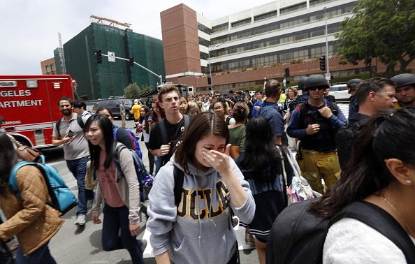 Mass Shooting「Two Killed In Shooting On Campus Of UCLA」:写真・画像(2)[壁紙.com]