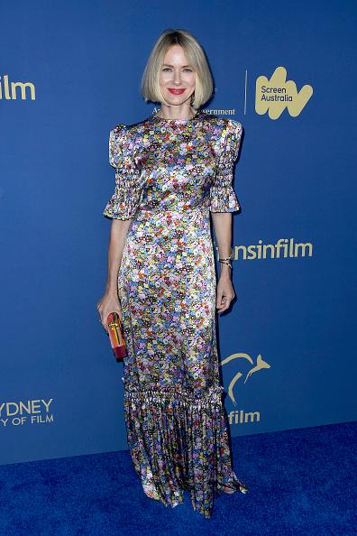 Multi Colored Purse「2019 Australians In Film Awards - Arrivals」:写真・画像(5)[壁紙.com]