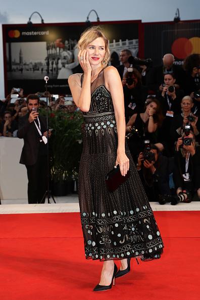 ちりめん生地「Suspiria Red Carpet Arrivals - 75th Venice Film Festival」:写真・画像(6)[壁紙.com]