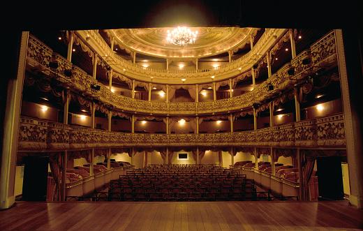 Art「Classical Theatre」:スマホ壁紙(2)