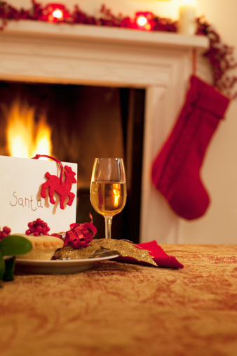 Mince Pie「Tartlet, wine and card for Santa」:スマホ壁紙(6)
