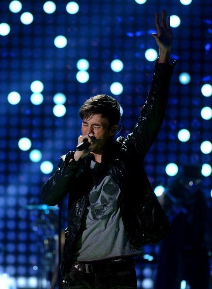 Enrique Iglesias - Singer「5th Annual TeenNick HALO Awards - Show」:写真・画像(18)[壁紙.com]