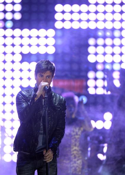 Enrique Iglesias - Singer「5th Annual TeenNick HALO Awards - Show」:写真・画像(16)[壁紙.com]