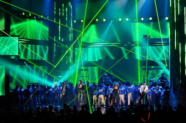 Enrique Iglesias - Singer「2011 American Music Awards - Show」:写真・画像(17)[壁紙.com]