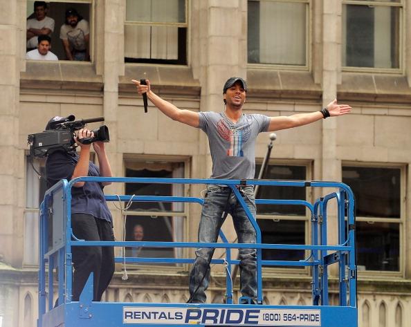 "Enrique Iglesias - Singer「Enrique Iglesias Performs On NBC's ""Today""」:写真・画像(1)[壁紙.com]"