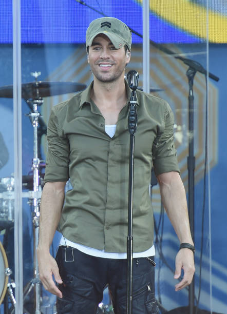 "Enrique Iglesias Performs On ABC's ""Good Morning America"":ニュース(壁紙.com)"