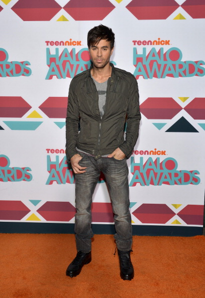 Enrique Iglesias - Singer「5th Annual TeenNick HALO Awards - Red Carpet」:写真・画像(1)[壁紙.com]