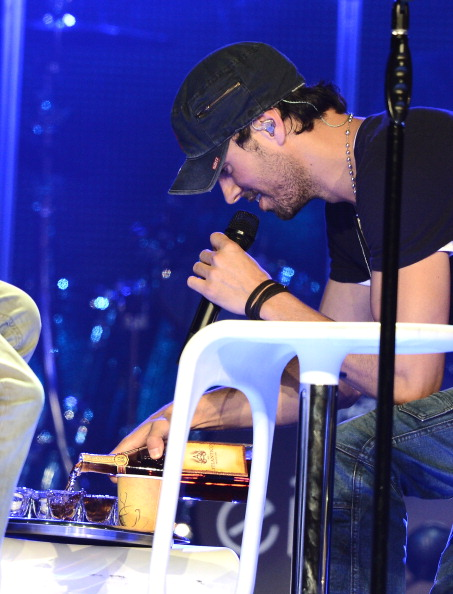 Enrique Iglesias - Singer「Atlantico Rum Celebrates The Los Angeles Enrique Iglesias And Jennifer Lopez Concert」:写真・画像(11)[壁紙.com]