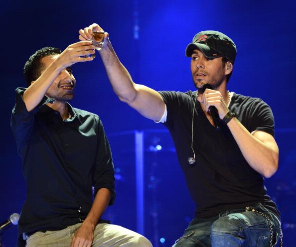 Enrique Iglesias - Singer「Atlantico Rum Celebrates The Los Angeles Enrique Iglesias And Jennifer Lopez Concert」:写真・画像(12)[壁紙.com]
