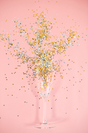 お正月「Champagne glass full of confetti. Debica, Poland」:スマホ壁紙(10)