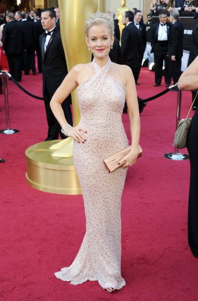 Halter Top「84th Annual Academy Awards - Arrivals」:写真・画像(15)[壁紙.com]