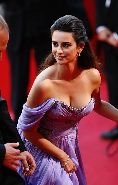 Bead「Broken Embraces Premiere - 2009 Cannes Film Festival」:写真・画像(2)[壁紙.com]