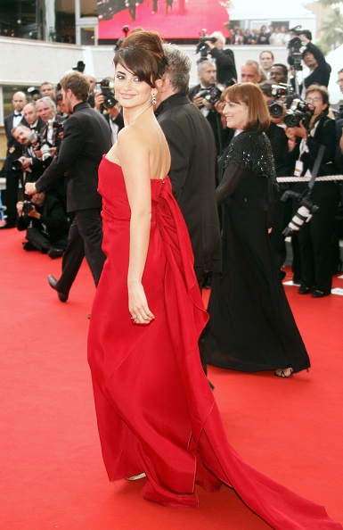 Bangs「Cannes - 'Transylvania Premiere & Closing Ceremony - Arrivals」:写真・画像(15)[壁紙.com]