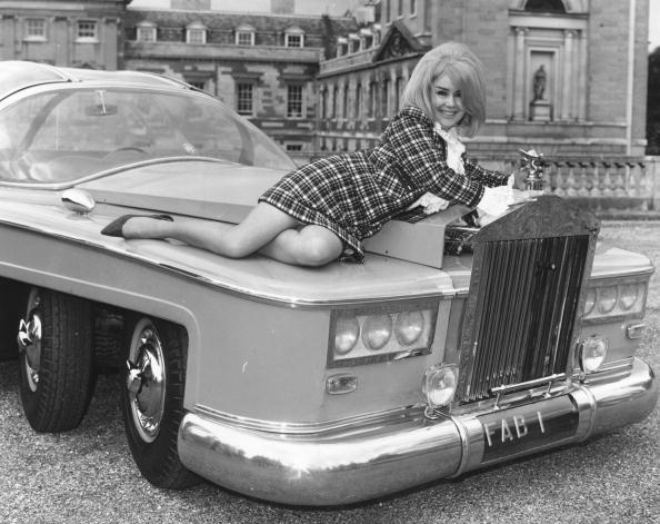 Bizarre Vehicle「Lady Penelope」:写真・画像(18)[壁紙.com]
