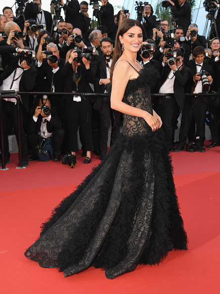 "71st International Cannes Film Festival「""Everybody Knows (Todos Lo Saben)"" & Opening Gala Red Carpet Arrivals - The 71st Annual Cannes Film Festival」:写真・画像(2)[壁紙.com]"