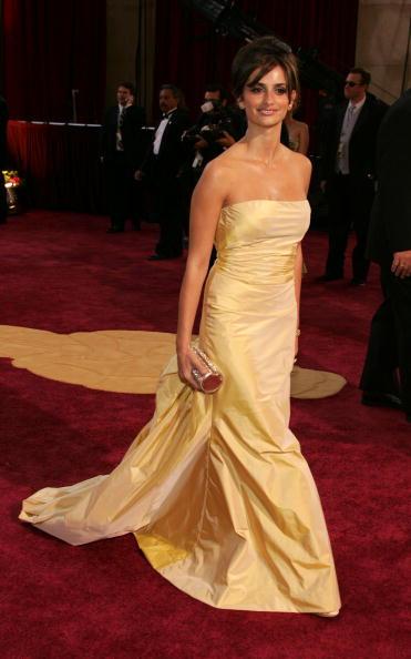 Yellow Dress「77th Annual Academy Awards - Arrivals」:写真・画像(9)[壁紙.com]
