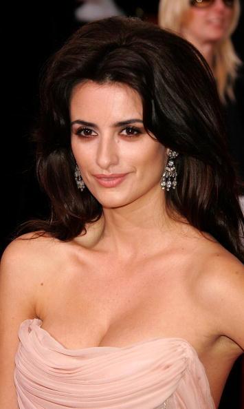 Brown Hair「The 63rd Annual Golden Globe Awards - Arrivals」:写真・画像(8)[壁紙.com]
