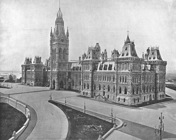 Gothic Style「Parliament Buildings」:写真・画像(13)[壁紙.com]