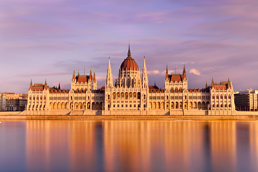 Gothic Style「Parliament Building at Sunset, Budapest, Hungary」:スマホ壁紙(10)