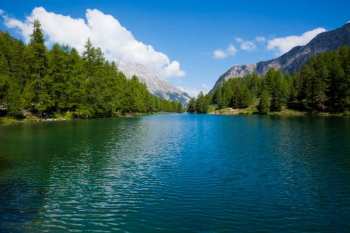 ヨーロッパアルプス「Montain 湖」:スマホ壁紙(0)